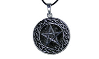 Pendant pentagram locket