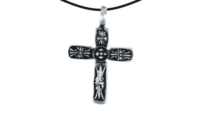 Pendant cross with bloom